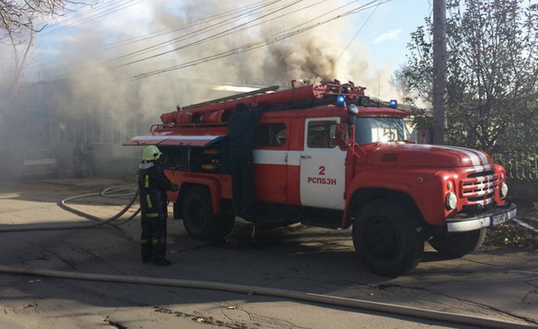 Мъж пострада при пожар в апартамент във Варна