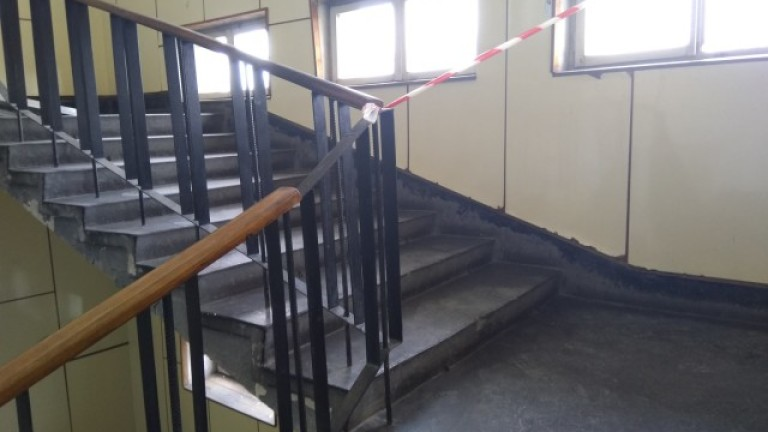 Почина детето, което падна от парапет в болница във Варна