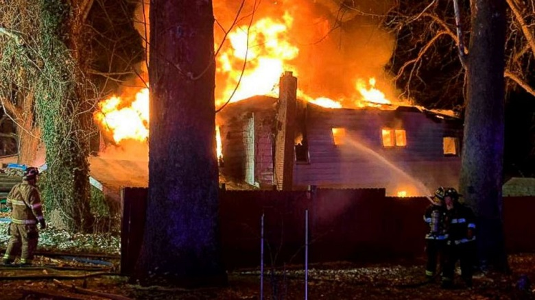 Домашно имущество изгоря при пожар в село Бояна