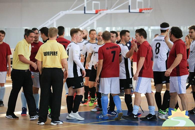 """Спортен комплекс """"Камчия"""" бе домакин на Европейското клубно първенство по хокей в зала за мъже"""