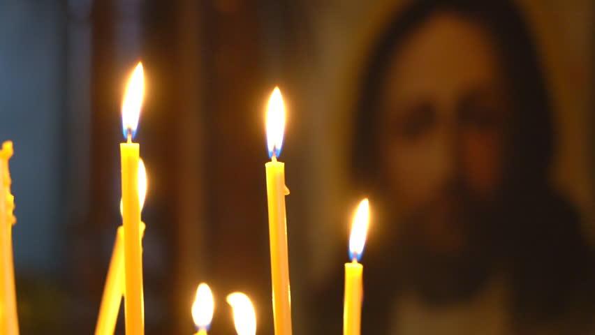 Православната Църква отбелязва днес Задушница преди Великия пост