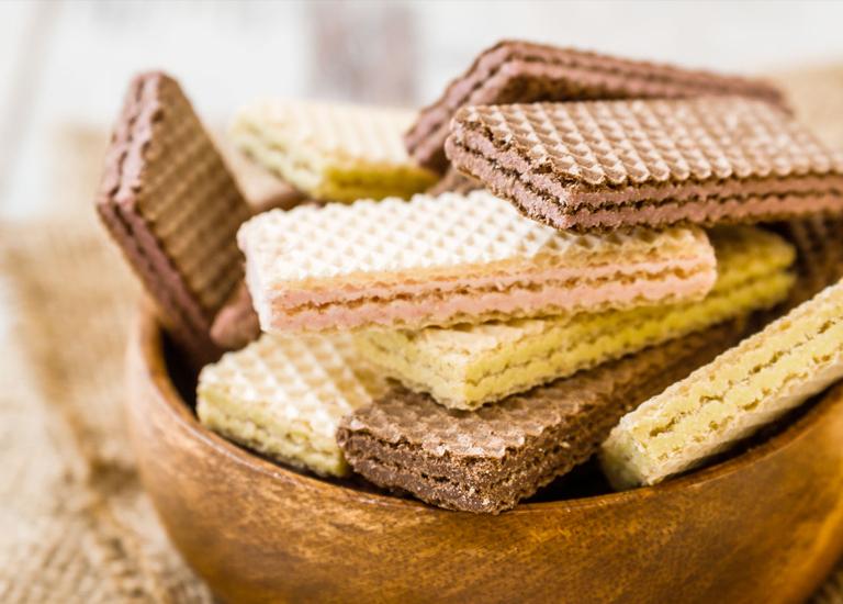 1/3 от бисквитите и вафлите натрупват от опасния акриламид над нормата