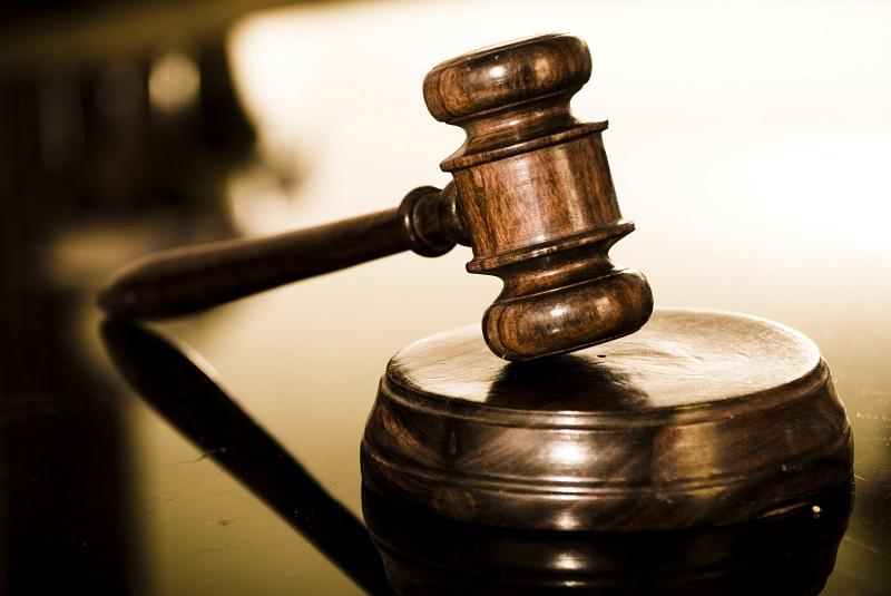 """Варненският районен съд уважи искането на Районната прокуратура и взе мярка за неотклонение """"Задържане под стража"""" на обвиняем за кражба, извършена в"""