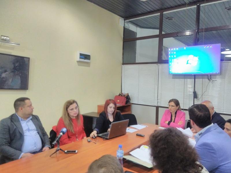 """Бъдещето на Специализираната болница по очни болести обсъдиха членовете на ПК """"Здравеопазване"""" във Варна"""