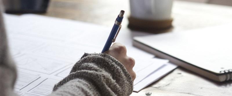 При кандидатстване за семейни помощи за деца родителите ще представят по-малко документи