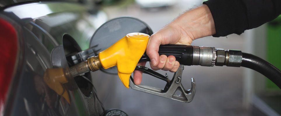 Месец остава на бензиностанциите да сменят фискалния софтуер
