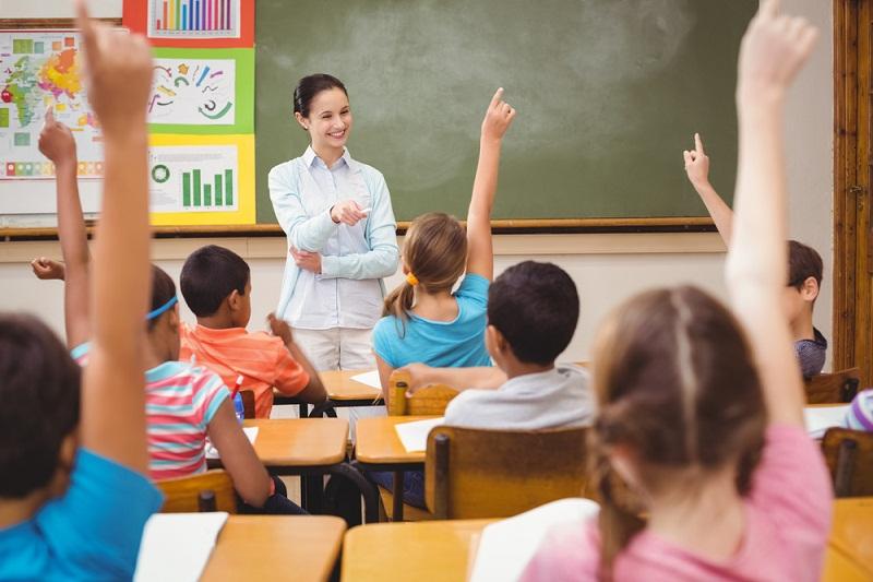 2898 първокласници тръгват на училище във Варна