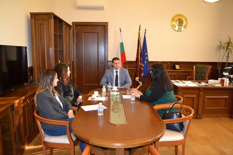 Първият университет в България с Център по медиация ще бъде ИУ – Варна