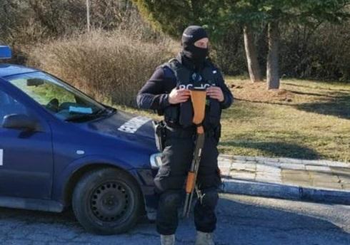Задържаха 34 души при специализирана полицейска операция във Варненско