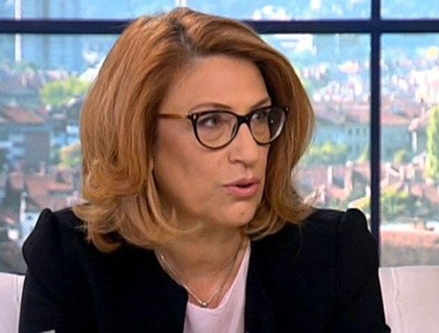 Буруджиева: Нинова не представи добре мотивите на вота, защото не ги е писала