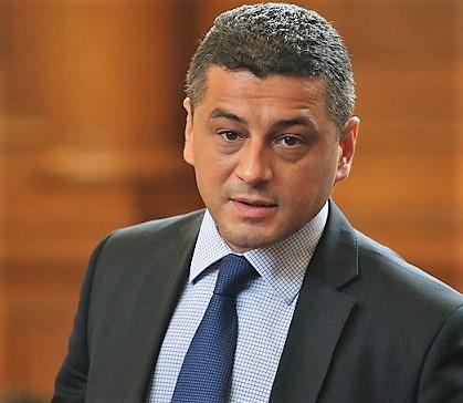Красимир Янков към управляващите: Сложихте чадър над корупцията. Избори ще има рано, или късно!