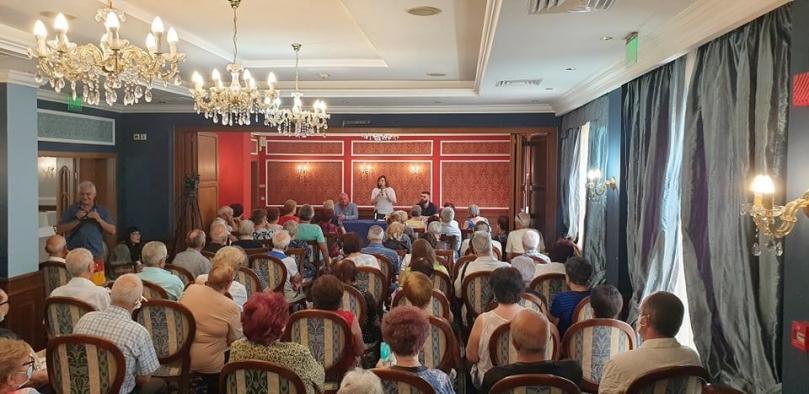 """Корнелия Нинова: """"Същественият въпрос днес пред България е социално-икономически план за преодоляване на кризата"""""""