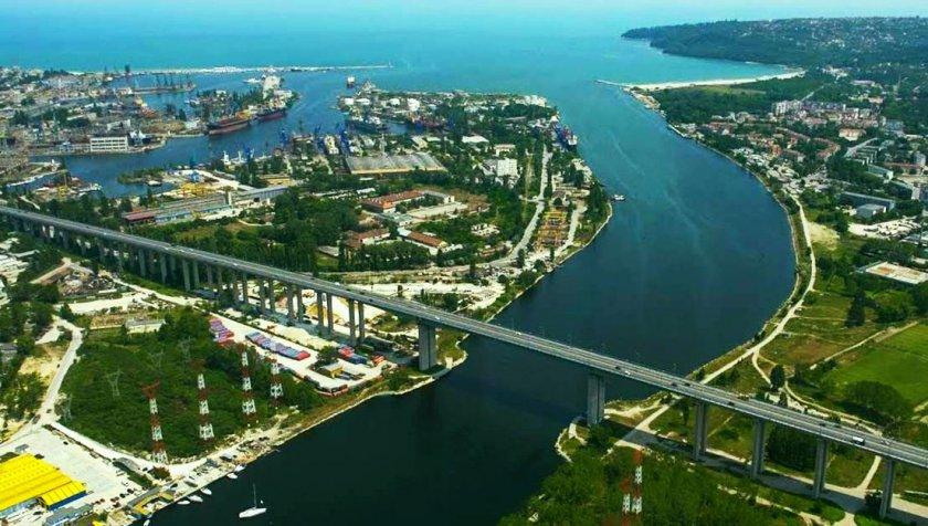 Аспаруховият мост става на 44 години
