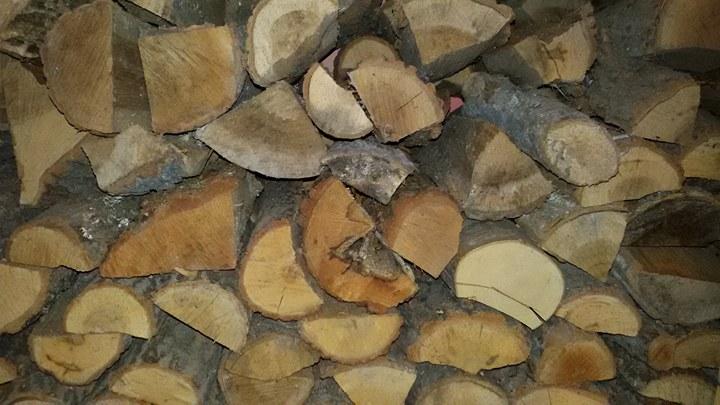 Засилват контрола върху дървата за огрев