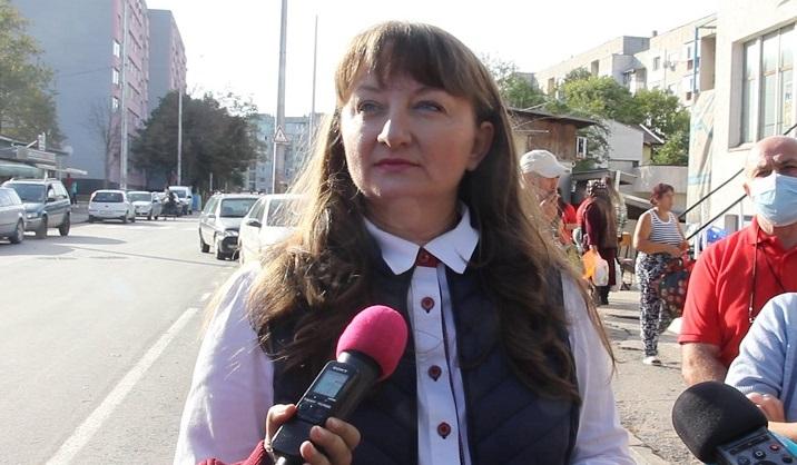 Деница Сачева: Няма възможност пенсиите да бъдат преизчислени догодина