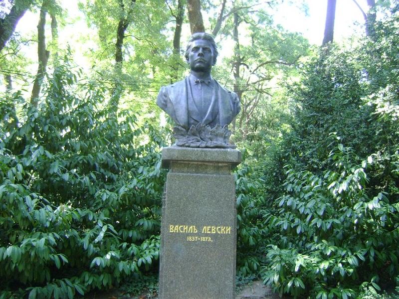 Варна ще се поклони пред паметта на Васил Левски