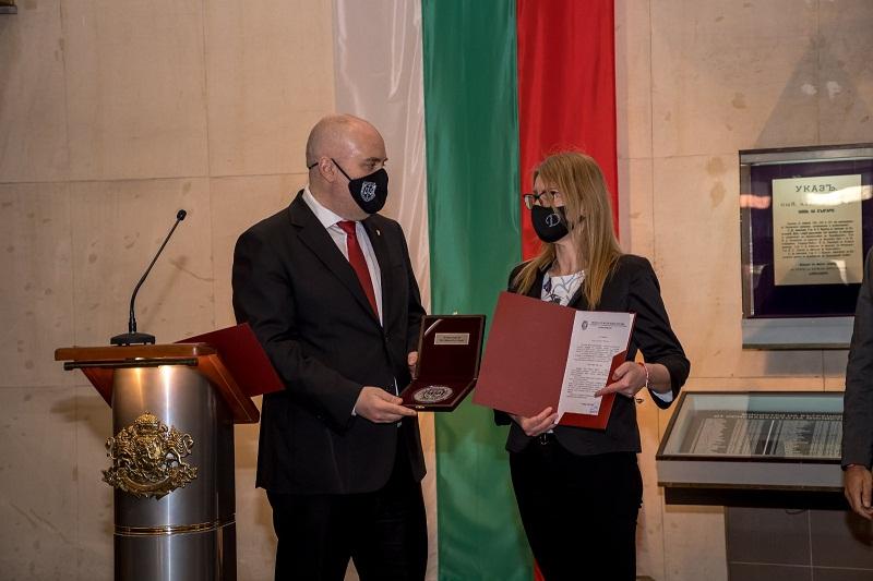Главният прокурор Иван Гешев награди магистрати от Окръжна прокуратура – Варна за участието им в разследването на контрабанда на 400 кг хероин