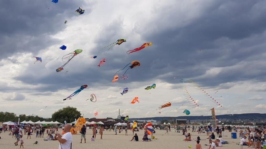 """Фестивал на хвърчилата """"Въздушни чудеса"""" този уикенд във Варна"""