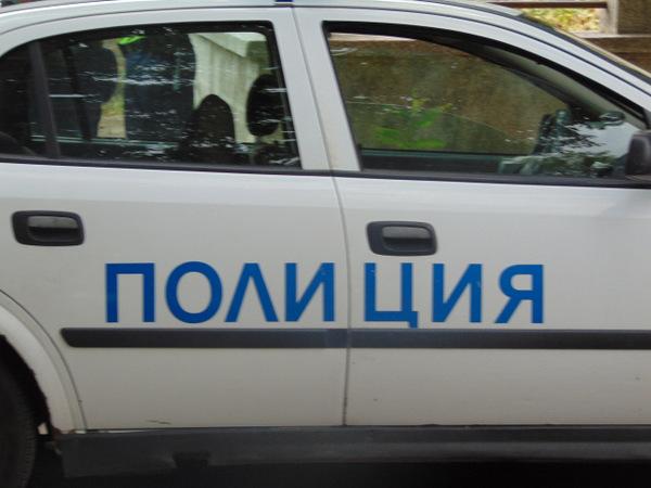 Крадец отмъкна бормашина и строителни инструменти от двор във Варна