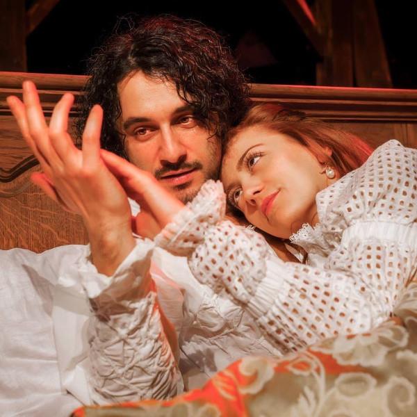 """Mегапродукцията """"Влюбеният Шекспир"""" и връчване на награди """"Златна маска"""" в Световния ден на театъра"""