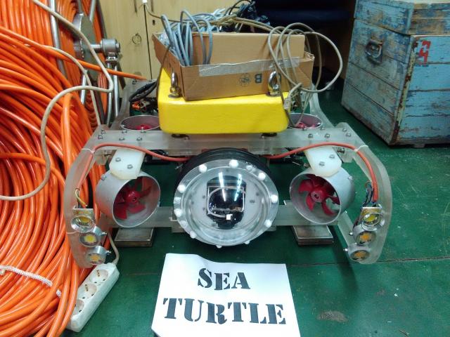Варненски океанолози: Направиха подводен робот за изследване на морското дъно