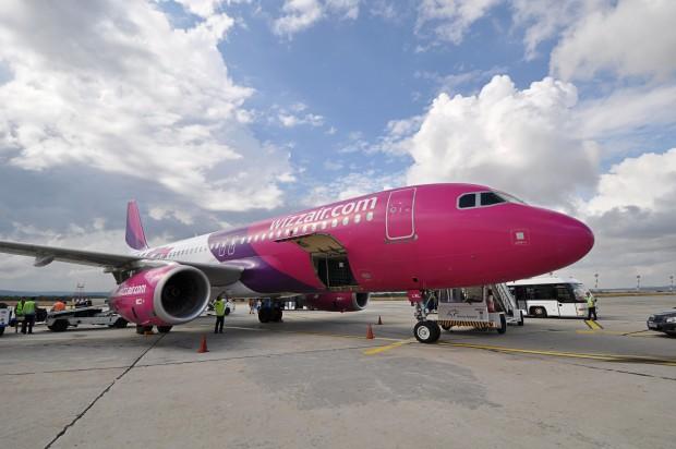 Летище Варна посреща първия полет на Wizz Air с направление София - Варна