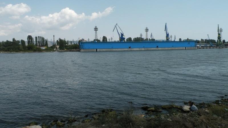Промишлената дейност убива Варненското езеро