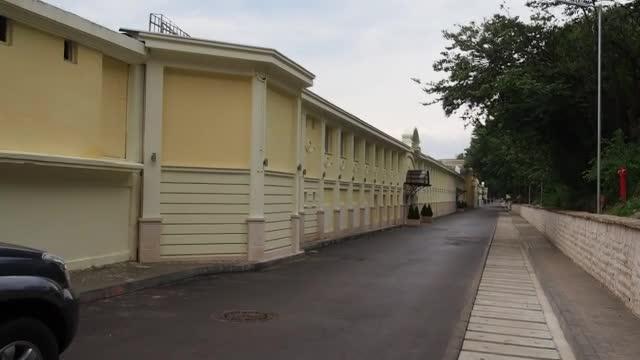 Затварят част от Крайбрежната алея във Варна заради свлачище
