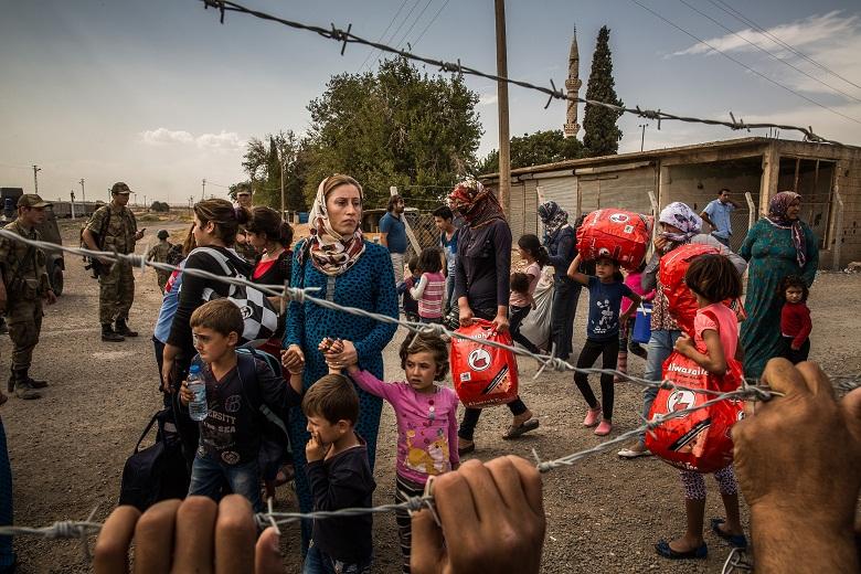 България предоставя 200 000 евро за подпомагане на бежанците от Сирия
