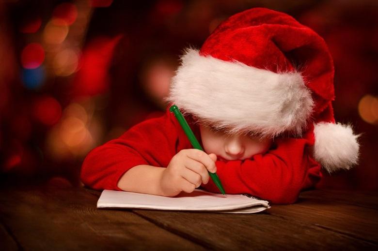 """До 12 декември """"Български пощи"""" приемат писма до Дядо Коледа"""