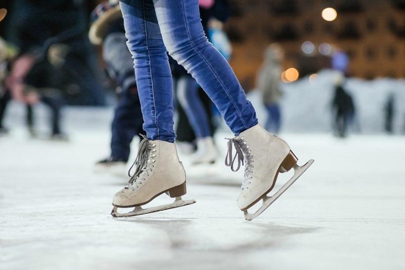 Безплатна ледена пързалка за празниците във Варна