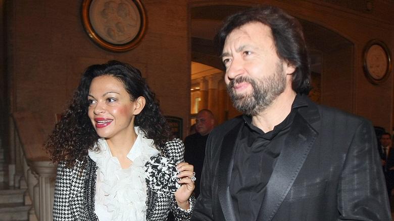 Спецпрокуратурата повдигна 7 обвинения на Евгения и Николай Баневи